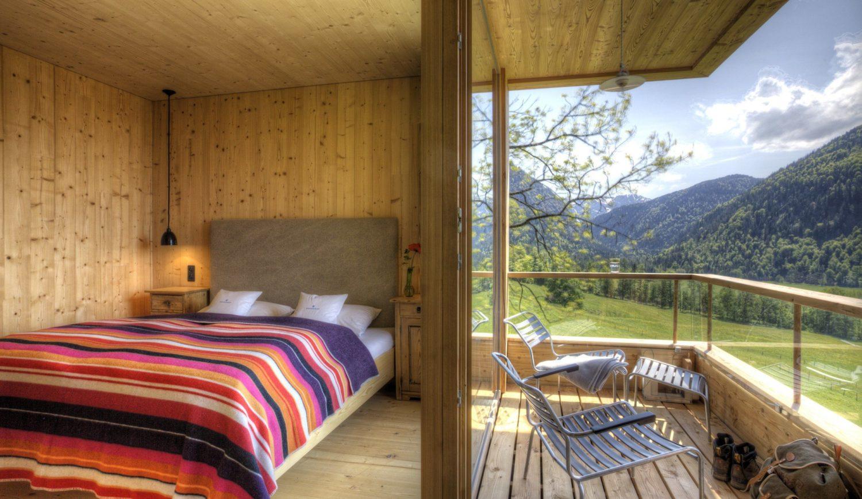 Aus dem Dachgeschoss blickt ihr über das Leitzachtal und die nahen Berge © Rainer Hoffmann