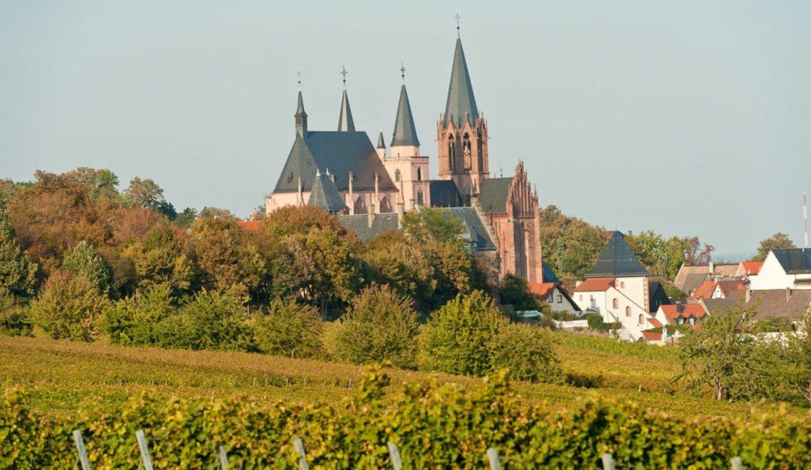 Die Katharinenkirche in Oppenheim, eine der bedeutendsten gotischen Kirchen am Rhein