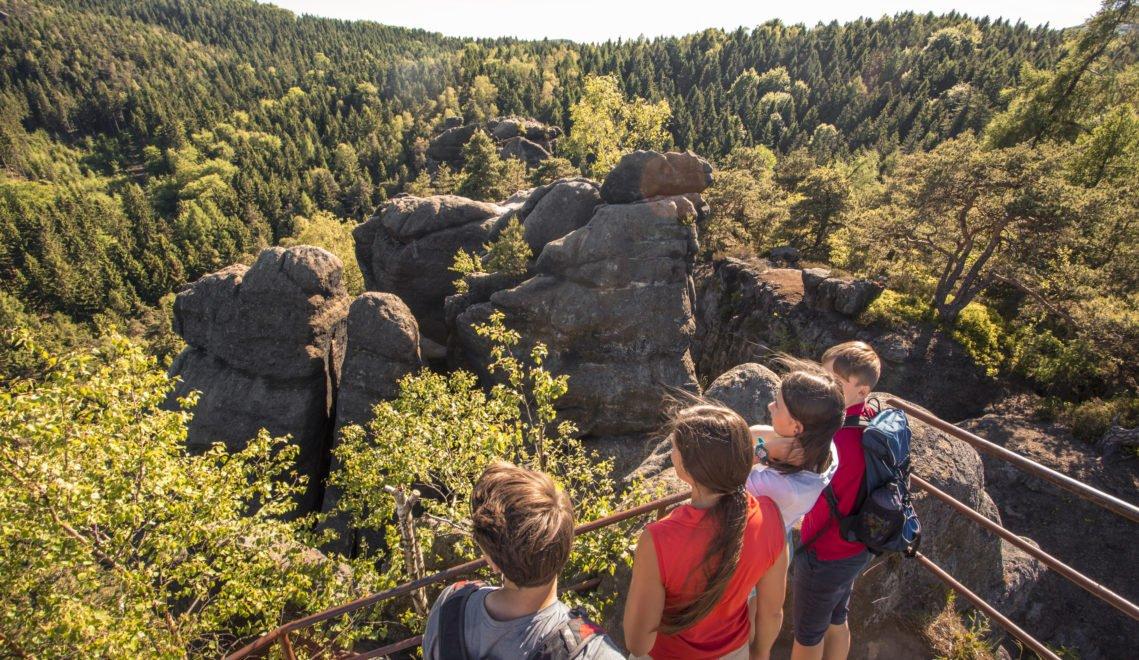 Das Zittauer Gebirge gilt als eine ideale Region zum Wandern © Katja Fouad Vollmer