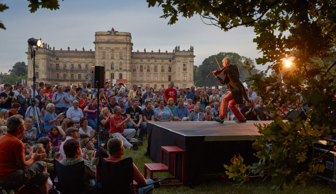 Wie viele andere Prunkbauten ist auch Schloss Ludwigslust Veranstaltungsort für Kunst und Kultur © TMV/Grundner