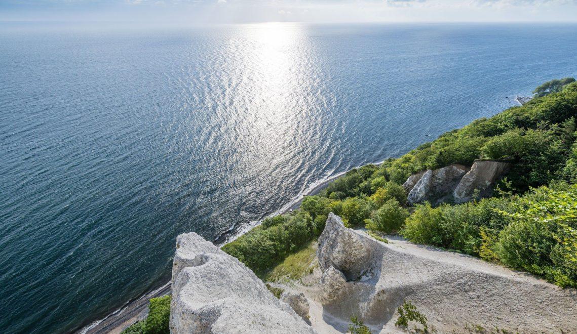 Der Nationalpark Jasmund umfasst auch einen breiten Meerestreifen vor der Kreideküste