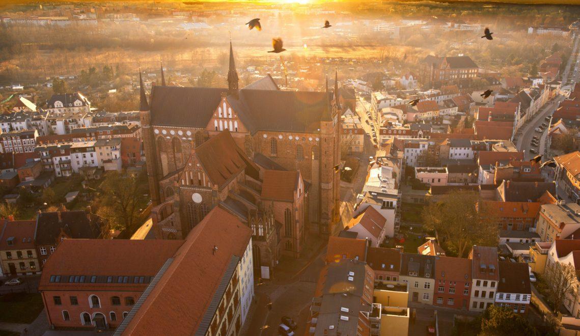 Die St. Georgen Kirche in Wismar ist ein gutes Beispiel für Backsteingotik © TZ Wismar/H. Volster