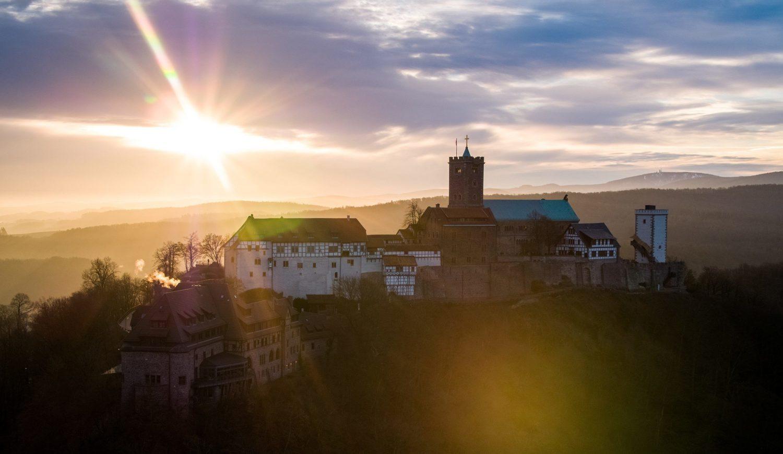 Die Wartburg: Hier schrieb Martin Luther seine Übersetzung des Neuen Testaments – und damit Geschichte