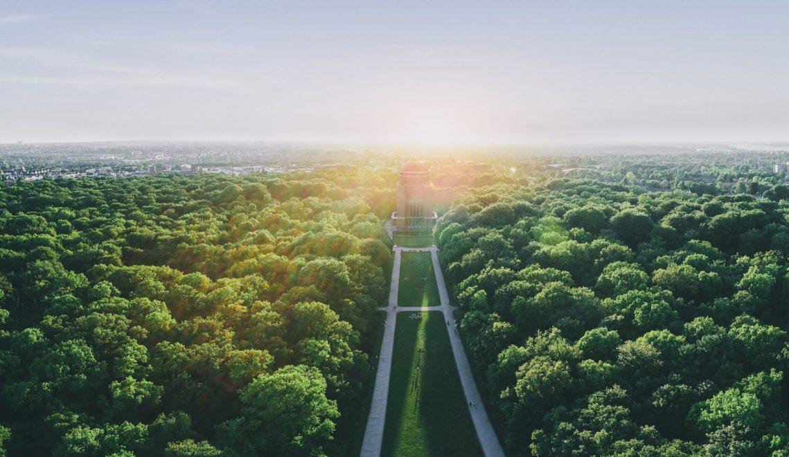 Der 148 Hektar große Stadtpark mit dem Planetarium ist ein beliebter Spot zum Flanieren und Entspannen © DoubleVision/doublevision.me