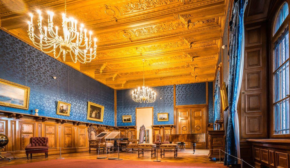 Wertvolle Gemälde und Skulpturen warten auf die Besucher im Schweriner Schloss © www.anibaltrejo.com