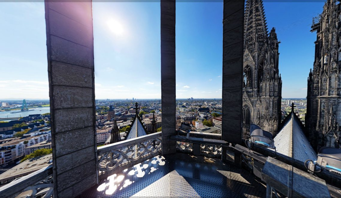 Panorama auf Köln von der Aussichtsterrasse des Doms © Tourismus NRW e.V., realityzoom