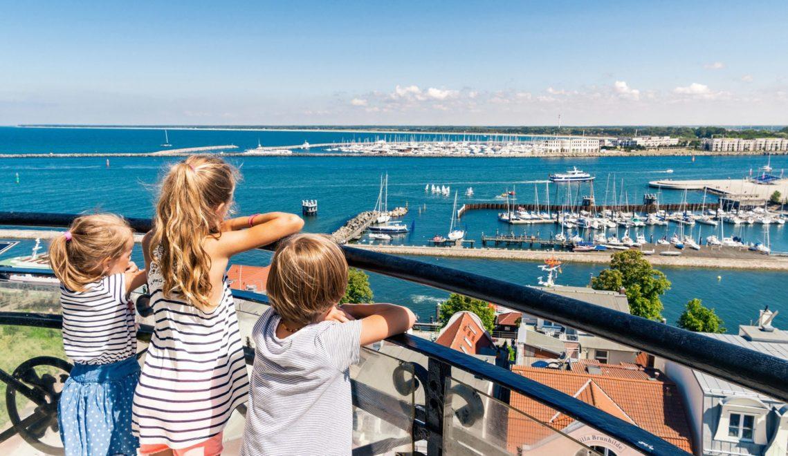 Gute Aussicht über Rostocks Stadthafen an der Warnow © TMV