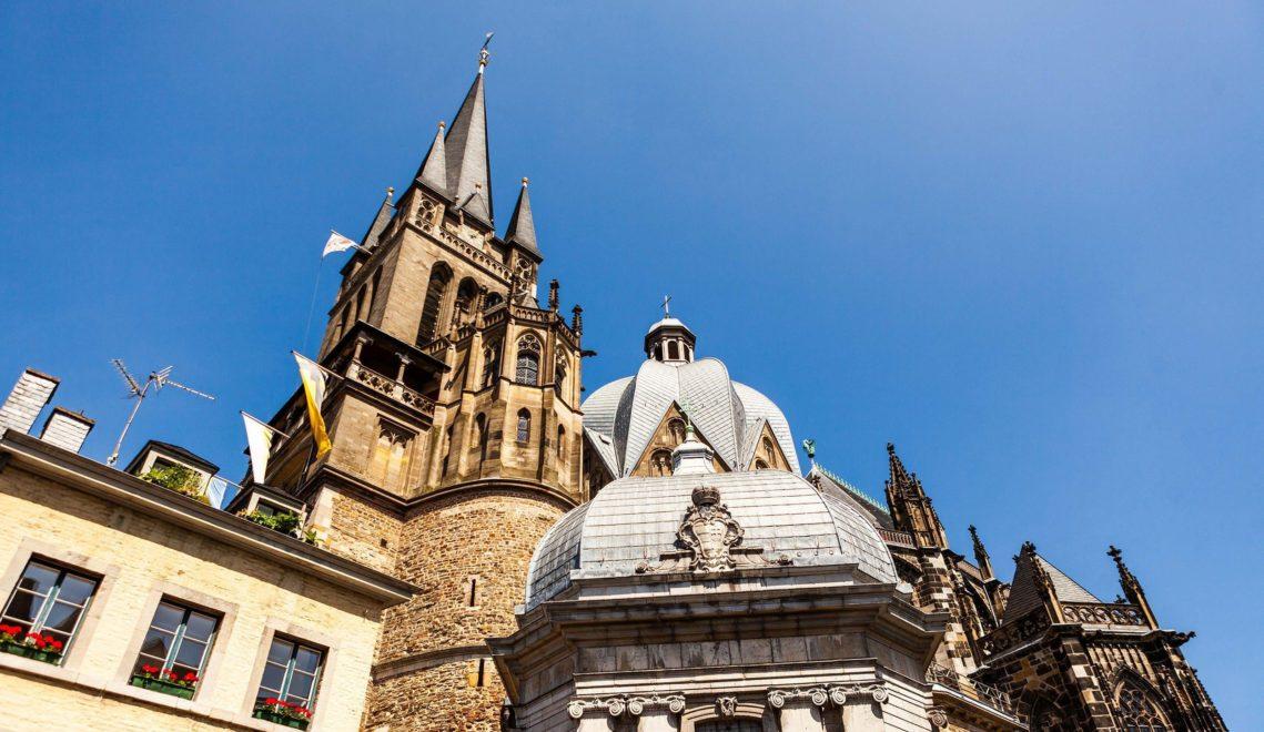 Der Aachener Dom zählt zu den ältesten Kirchen Deutschlands ©Tourismus NRW e.V.