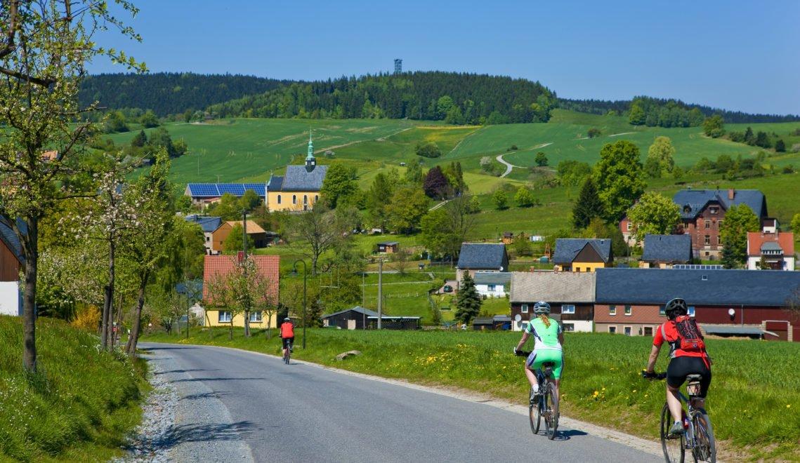 Auf gut ausgebauten Radwegen lässt sich die Region erkunden © Sylvio Dittrich