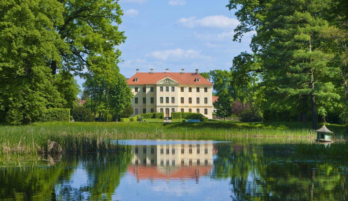 Das fürstliche Palais umgibt eine traumschöne Gartenanlage © Sylvio Dittrich