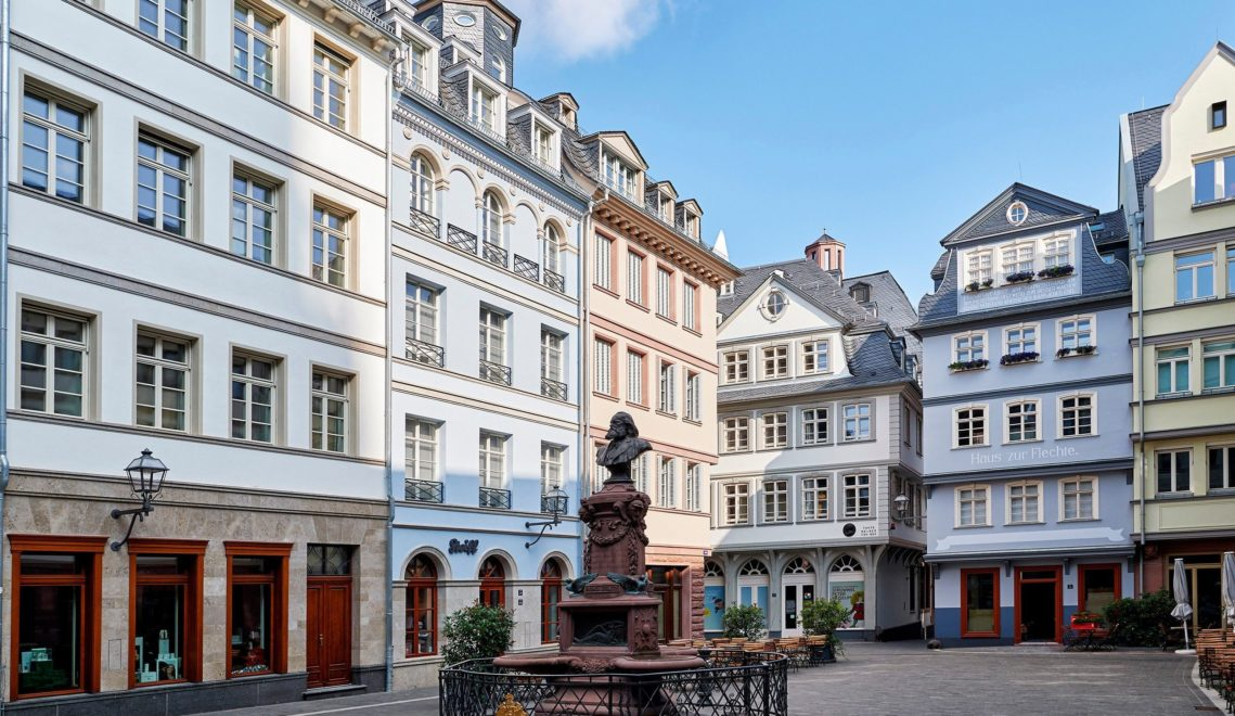 Auch das ist Frankfurt: die neue Altstadt zwischen Römer und Kaiserdom © floriantrykowski.com