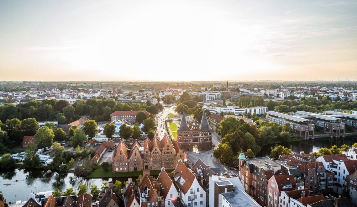 Lübeck, die Stadt der 7 Türme, aus der Vogelperspektive © Lübeck und Travemünde Marketing GmbH