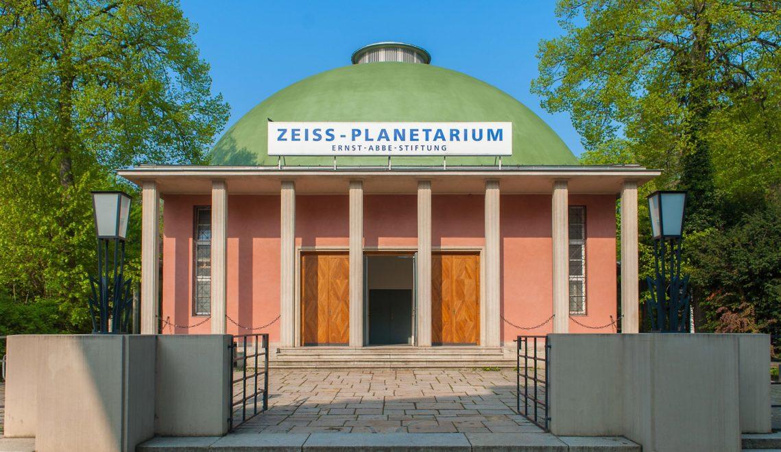 Im Zeiss-Planterium Jena sind die Sterne zum Greifen nah © W. Don Eck/Sternevent