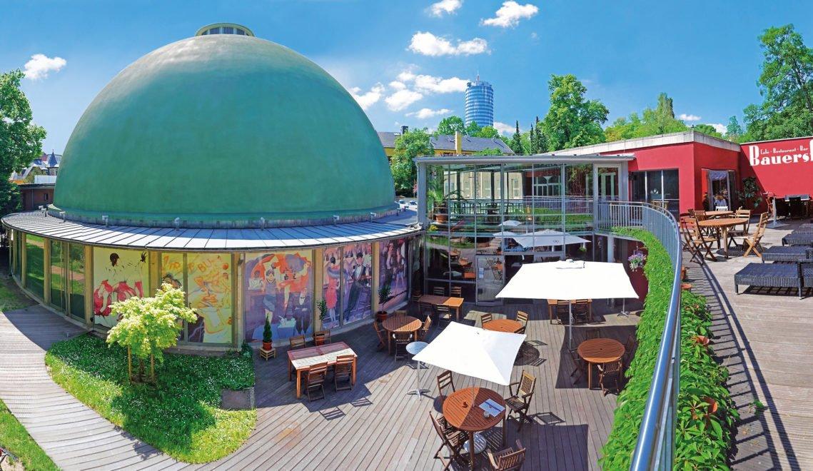 Seit 1926 in Betrieb ist das Zeiss-Planetarium Jena das dienstälteste seiner Art weltweit ©W. Don Eck/Sternevent