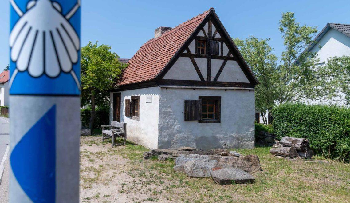 Die Via Regia führt auch am Armenhaus von Königsbrück entlang © Andreas Krone