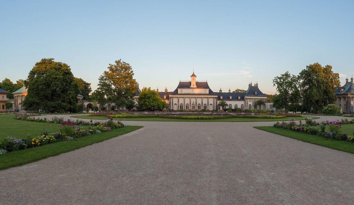 Auch ein barocker Lustgarten gehört zum Ensemble von Schloss Pillnitz © Sebastian Rose