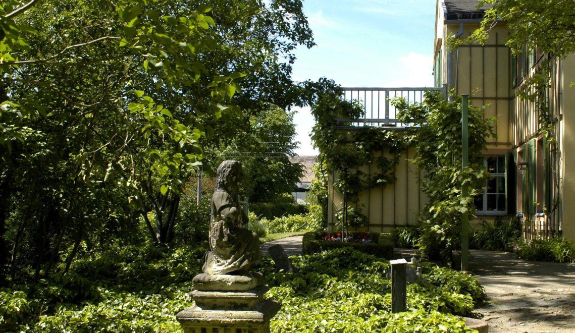 Blick vom klassizistischen Privatgarten auf das Göschenhaus ©Stadt Grimma
