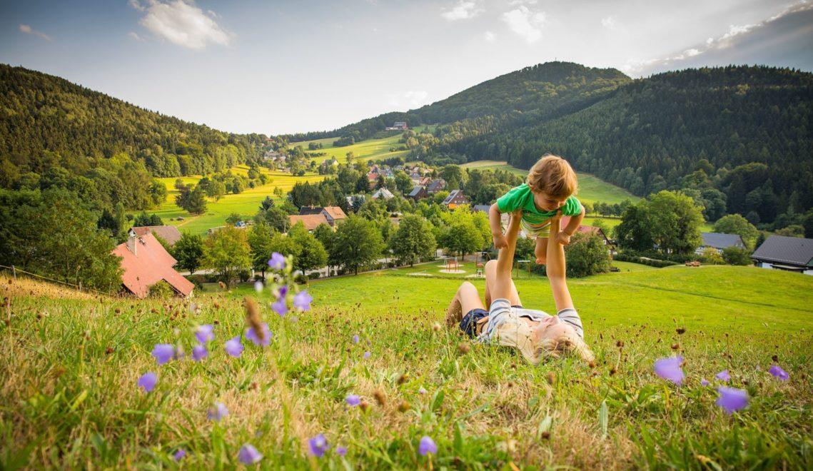 Der Oberlausitzer Bergweg führt durch malerische Landschaften... © Philipp Herfort Photography