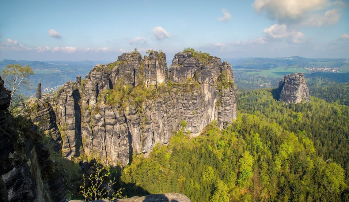 Den Blick auf die Schrammsteine genossen schon große Maler wie Caspar David Friedrich © Sebastian Rose