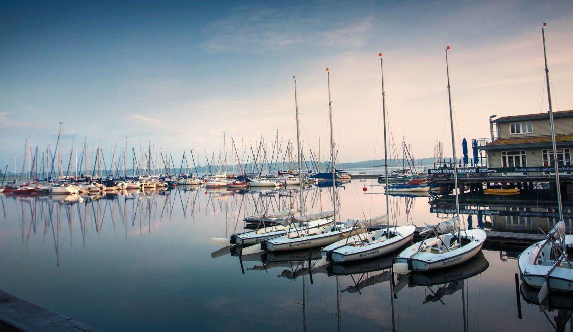 Der stadtnahe Cospudener See hat eine wunderschöne Marina © Katja Fouad Vollmer
