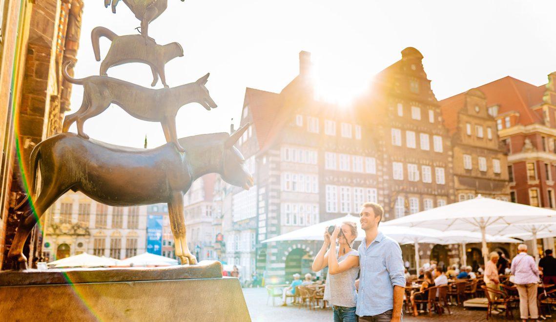 Die wohl bekannteste Plastik von Gerhard Marcks ist auch ein beliebter Selfiespot © Jonas Ginter / BTZ Bremer Touristik-Zentrale