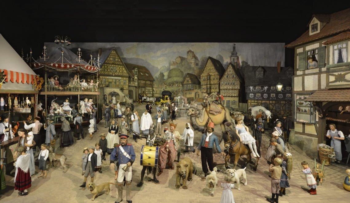 """Es war einmal: Die Weltausstellungsgruppe """"Thüringer Kirmes"""" nimmt euch mit in eine vergangene Zeit"""
