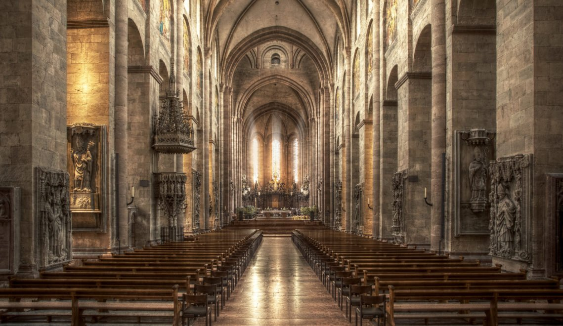 Rund 1000 Jahre ist der Dom heute alt – ein ehrwürdiges Bauwerk mit spannender Historie © mainzplus CITYMARKETING / FotoFarmer
