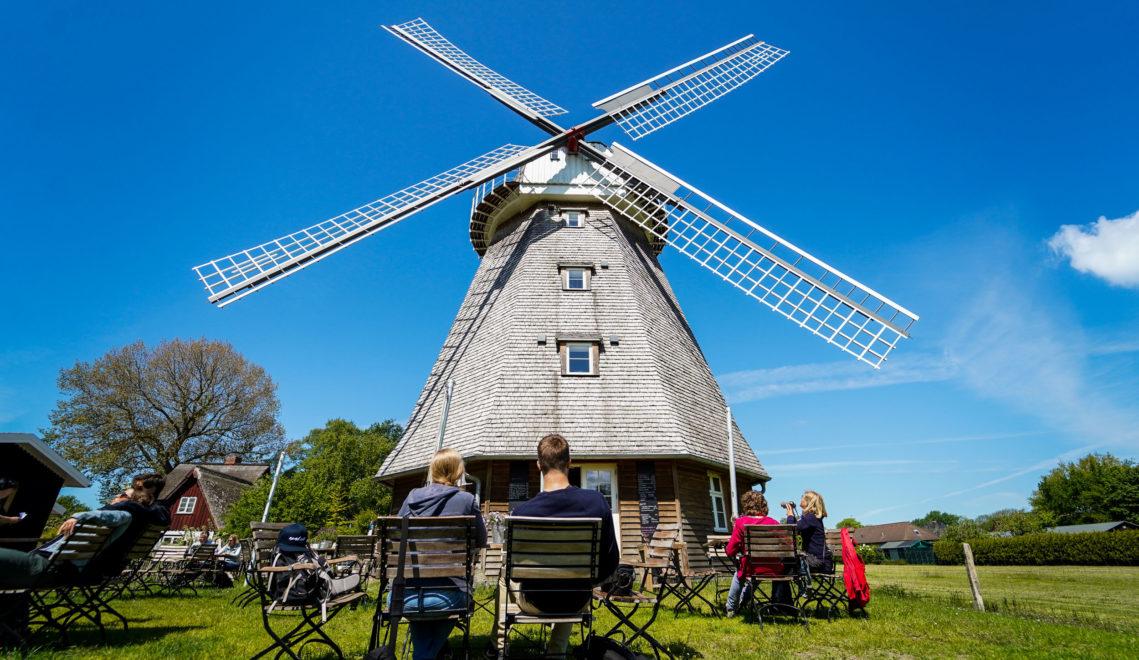 Kleines Café mit Wohlfühlatmosphäre – die Mühle in Ahrenshoop © kommwirmachendaseinfach.de