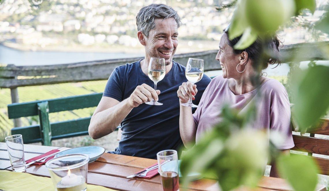 Gehört einfach dazu – die Einkehr in eine der zahlreichen guten Gaststätten des Rheingaus