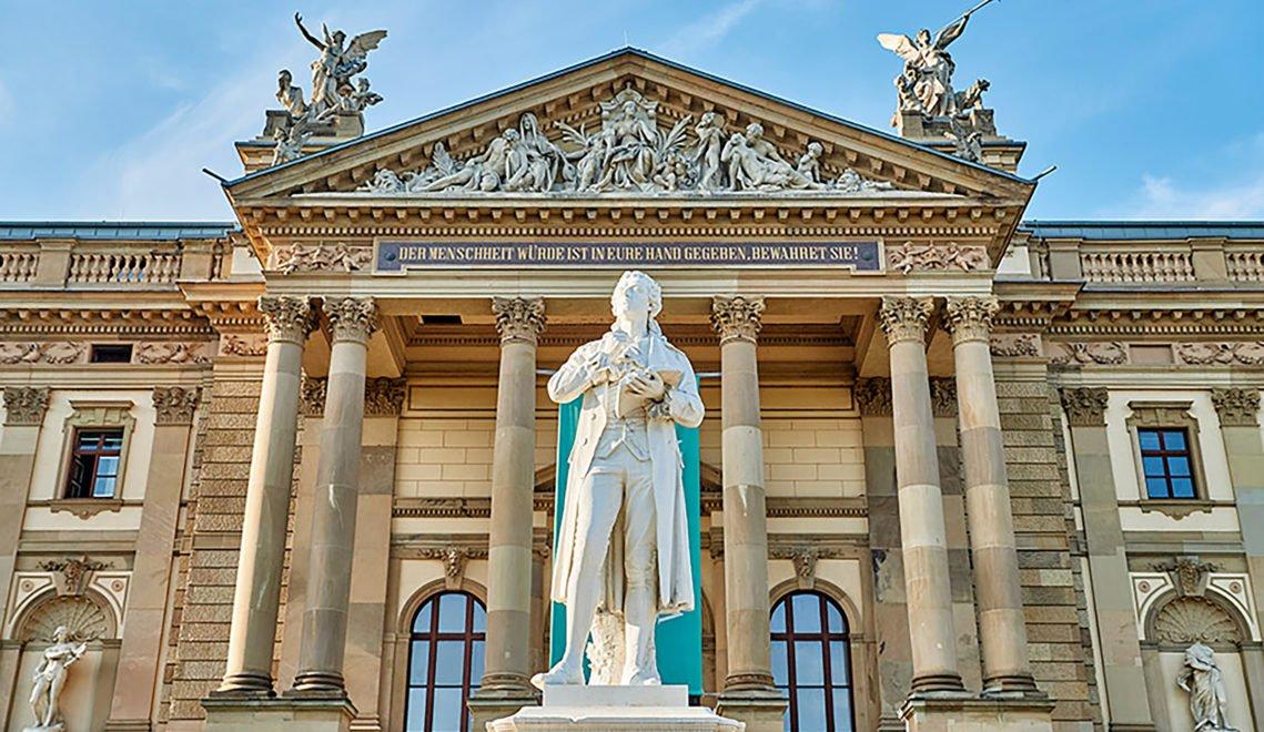 Eine der erfolgreichsten Bühnen im deutschsprachigen Theaterraum – das Hessische Staatstheater in Wiesbaden