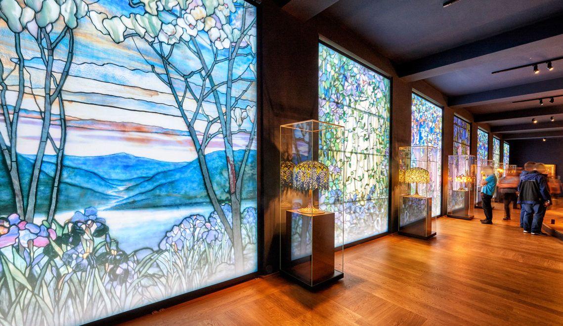 Das Wiesbadener Museum zeigt Ausstellungen Alter Meister, der Klassischen Moderne, der Kunst der Moderne und Gegenwart und die Naturhistorischen Sammlungen