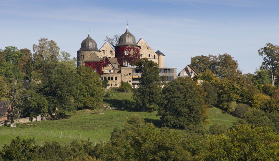 Blick auf die Sababurg in Nordhessen